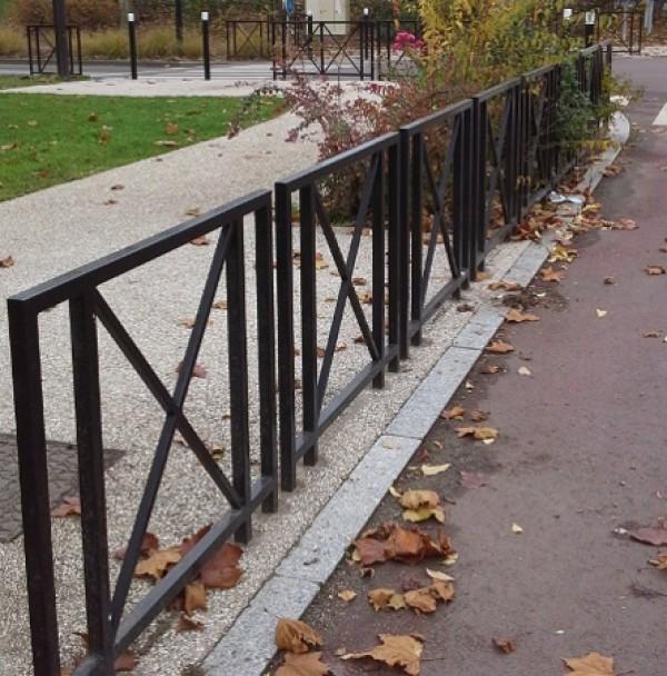 Barrière urbaine Yvelines fixe à sceller